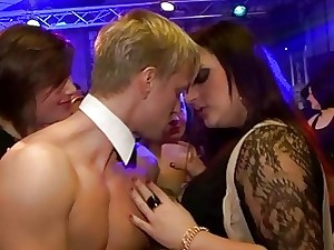 Chippendales Masculine Strippers Fuck Horny Club Chix