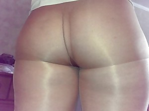 big bootie pantyhose clenching 2