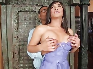 Huge pecker rams gullet and cock-squeezing anus of a shemale