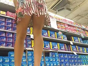 De vestidinho por baixo da saia With bunda gostosa