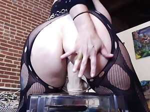 Huge-chested Tatttoed Alt Girl Cougar Squirting in Webcam Show.