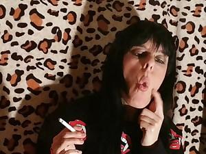 Sexy goth domina smoking 2 pt2 HD